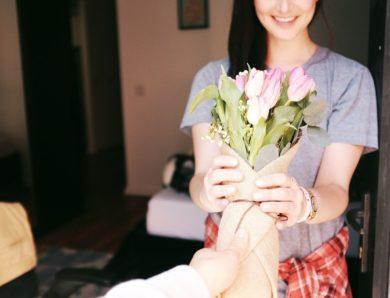 Les bonnes raisons d'offrir un bouquet de fleurs pour l'anniversaire de sa mère